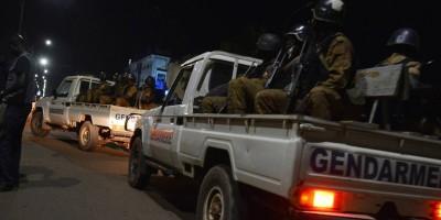 Burkina Faso: 35 civils et sept soldats tués, 80 terroristes neutralisés, deuil national de 48h