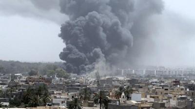 Libye: 02 morts et 20 blessés dans un bombardement aérien dans l' ouest