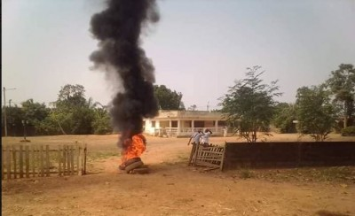 Côte d'Ivoire: Yocoboué, le gardien du sous-préfet accusé de viol, lynché par les Dozos, la population révoltée