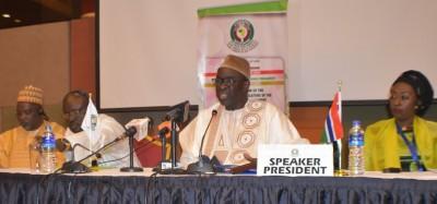 Cedeao: Limite des mandats présidentiels, le président du parlement Cissé-Lo se recadre en Gambie