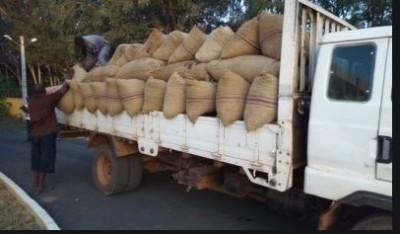 Côte d'Ivoire : Trois individus braquent une remorque contenant 40,105 tonnes de produits agricoles estimées à 28 millions de FCFA