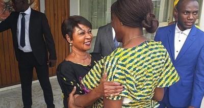 Côte d'Ivoire : Simone Gbagbo rend une visite de « courtoisie » à Henriette Bédié