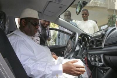Sénégal : Macky Sall suspend toutes les acquisitions de véhicules au nom de l'Etat