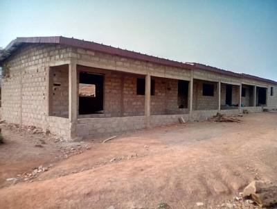 Côte d'Ivoire : Brobo, finançant la construction d'un bâtiment d'école,  des orpailleurs clandestins chassés, défient l'autorité et revendiquent des terres REPORTAGE KOACI