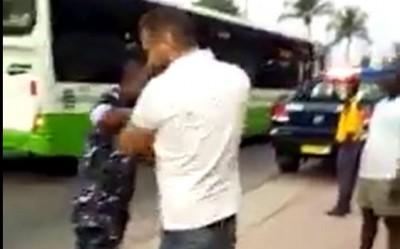 Côte d'Ivoire : Dérive, il ose frapper un policier en pleine rue