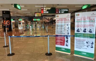 Sénégal : Coronavirus, Dakar ferme ses frontières à l'Europe et au Maghreb