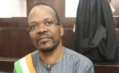Côte d'Ivoire : Depuis sa cellule à Agboville, Alain Lobognon serait très malade selon ses avocats