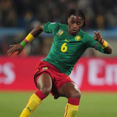 Cameroun : Licencié par le FC Sion Alexandre Song porte plainte auprès de la FIFA