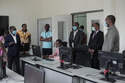 Covid-19 : Orange Côte d'Ivoire et le gouvernement Ivoirien mettent en place un « Cen...
