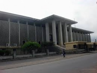 Côte d'Ivoire : Deux directeurs de publication condamnés à 2,5 millions pour divulgat...