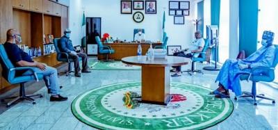Nigeria :  Covid-19, les députés offrent 2 mois de leurs salaires, les sénateurs 50%,...