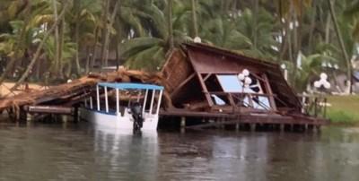 Côte d'Ivoire : Assinie, une tornade fait de nombreux dégâts dans la ville dont une é...