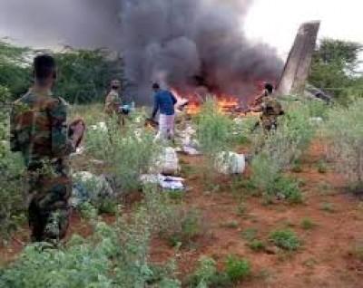 Somalie: Un avion kényan transportant du matériel contre le Covid-19 s'écrase à l'atterrissage, six morts