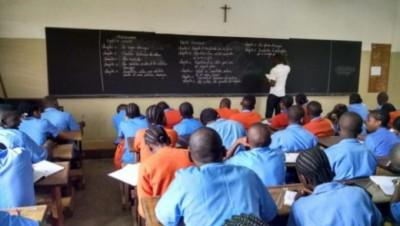 Cameroun : Les syndicats d'enseignants conditionnent la reprise des cours en pleine pandémie de covid-19