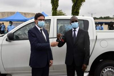 Côte d'Ivoire : L'Espagne remet 8 véhicules à la Gendarmerie