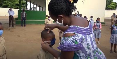 Côte d'Ivoire : Reprise des cours, des élèves des classes intermédiaires et leurs ens...