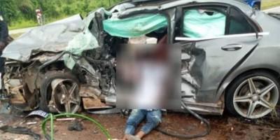 Côte d'Ivoire : Une collision entre deux véhicules fait 2 morts et 4 blessés graves s...