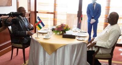 Burkina Faso : Le président Centrafricain Faustin-Archange Touadéra en visite privée