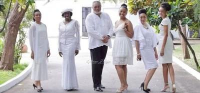 Ghana :  An 73 de Rawlings avec ses « amazones »