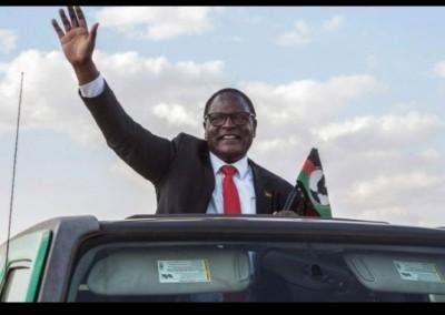 Malawi : Proclamé vainqueur avec 58,57%, le chef de l'opposition Lazarus Chakwe prête serment