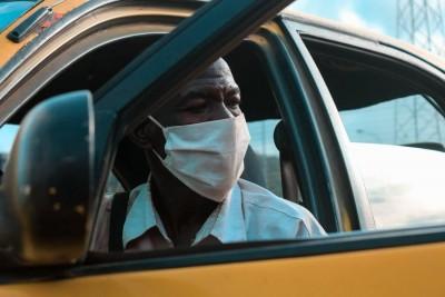 Côte d'Ivoire : Non port de masque, deux passagers d'un gbaka échappent à un lynchage sur le tronçon, Yopougon-Abobo en passant par la MACA