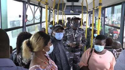 Côte d'Ivoire : COVID-19, la SOTRA annonce  des contrôles inopinés dans ses bus et menace de descendre les passagers qui ne porteront pas de masque