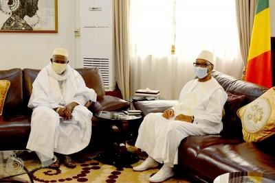 Mali : Nouvel appel à la mobilisation après une première rencontre entre IBK et l'imam Mahmoud Dicko
