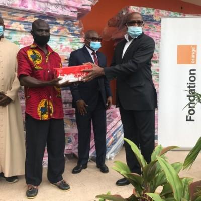 Inondations Abidjan : La Fondation Orange Côte d'Ivoire se mobilise pour les populations sinistrées d'Anyama et d'Azaguié avec des dons d'une valeur de 14 millions