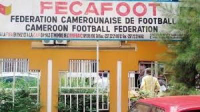Cameroun : Sous pression de la Fifa, la Fecafoot ouvre une enquête sur les soupçons d...