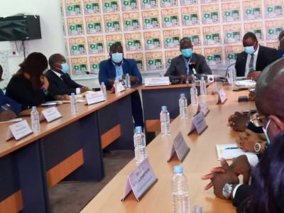 Côte d'Ivoire : Présidentielle, 24 heures après le décès de son candidat, le RHDP «explore» la piste Ouattara pour le remplacer
