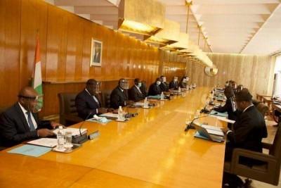 Côte d'Ivoire :  Un Conseil des ministres extraordinaire prévu lundi suivi d'une réun...