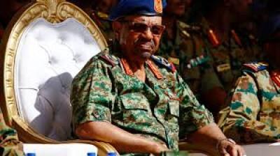 Soudan : Omar el-Béchir jugé à Khartoum pour son coup d'Etat de 1989
