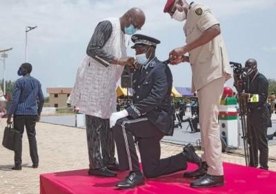 Burkina Faso : 232 commissaires et officiers de police prêts à servir