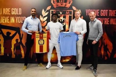 Burkina Faso : Le footballeur Issa kaboré signe avec Manchester City