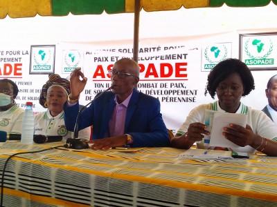 Côte d'Ivoire : Bouaké, en larme pendant son hommage à Gon, le président de l'ASOPADE « supplie » Ouattara d'être candidat
