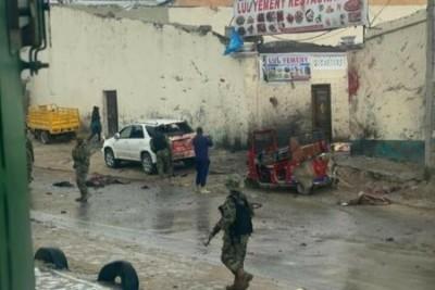 Somalie : Mogadiscio, un kamikaze se fait exploser dans un restaurant et fait trois morts