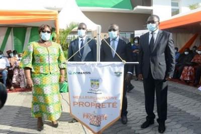 Côte d'Ivoire : Lutte contre l'insalubrité, le Gouvernement décerne le prix d'excelle...