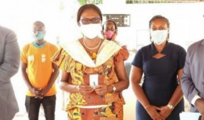 Côte d'Ivoire : Simone Gbagbo révèle avoir été contaminée par le Coronavirus, et anno...