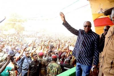 Guinée : Présidentielle, Alpha Condé confirme la date du 18 Octobre mais se réserve s...