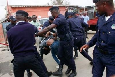 Angola : Covid-19, la police accusée d'avoir tué sept jeunes pour « faire respecter l...