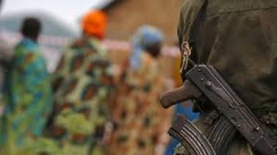 Ouganda : Six-sud soudanais tués ans l'attaque d'un camp de réfugiés,13 assaillants arrêtés