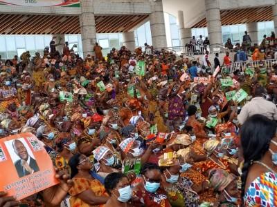 Côte d'Ivoire :  Les femmes Atchans goto soutiennent la candidature de Ouattara, Tchagba promet les accompagner lors de la campagne