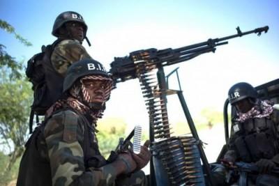 Cameroun : Condamnation de cinq soldats coupables de meurtres d'enfants et de femmes