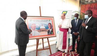 Côte d'Ivoire : « Affaire c'est la première fois en Afrique qu'un Pape pose avec un chef d'Etat sur un timbre », les Précisions de la Direction Générale de la Poste
