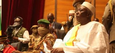 Cedeao : Ultime pression sur la junte au Mali, rejet d'une plainte conte la Commission et la Côte d'Ivoire