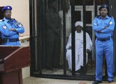 Soudan : Les avocats d'Omar El Béchir quittent la salle en plein procès