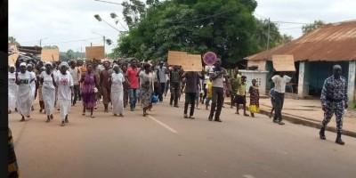 Côte d'Ivoire : Comme à Bonoua, désobéissance civile qui se transforme en manifestation à M'Bahiakro