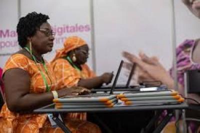 La Fondation Orange Côte d'Ivoire poursuit son engagement en faveur de l'autonomisation des femmes avec l'ouverture d'une salle de formation dédiée aux formateurs du projet « Maisons Digitales »