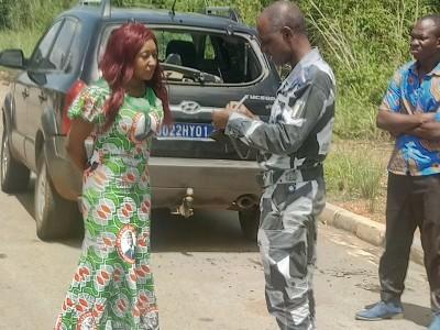 Côte d'Ivoire : En partance pour Abengourou, une militante du RHDP et un journaliste...