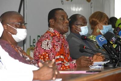 Côte d'Ivoire : Dans les rangs de l'opposition on espère qu'au moins 500 bureaux de v...